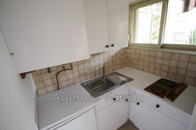 Photo n°5 - Location appartement Antibes 06600 - 467 €