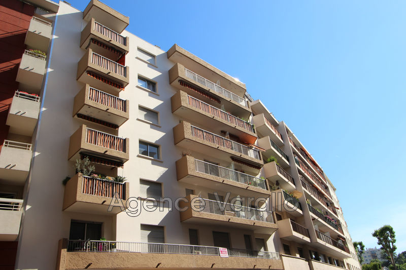 Photo Appartement Antibes Centre-ville,  Location appartement  2 pièces   43 m²