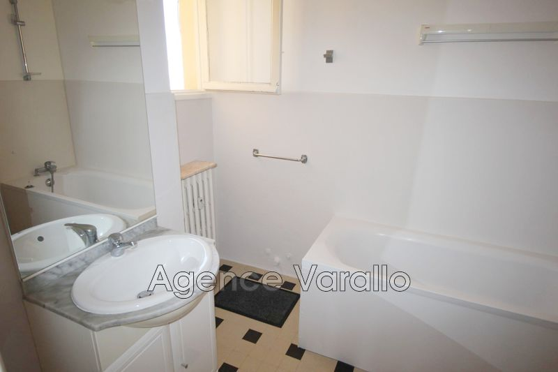 Photo n°4 - Location appartement Antibes 06600 - 790 €