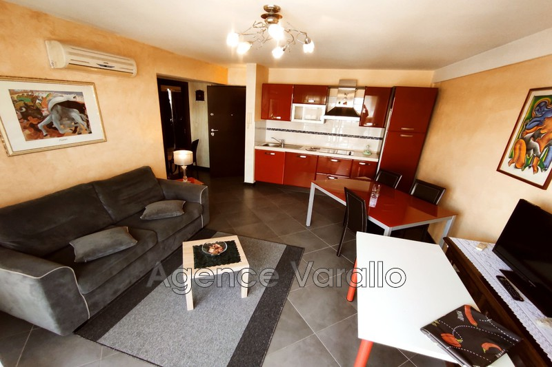 Photo Apartment Juan-les-Pins Centre,  Rentals apartment  2 rooms   45 m²