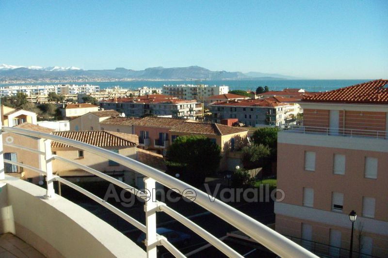 Photo Appartement Antibes Proche centre,  Location appartement  2 pièces   40 m²