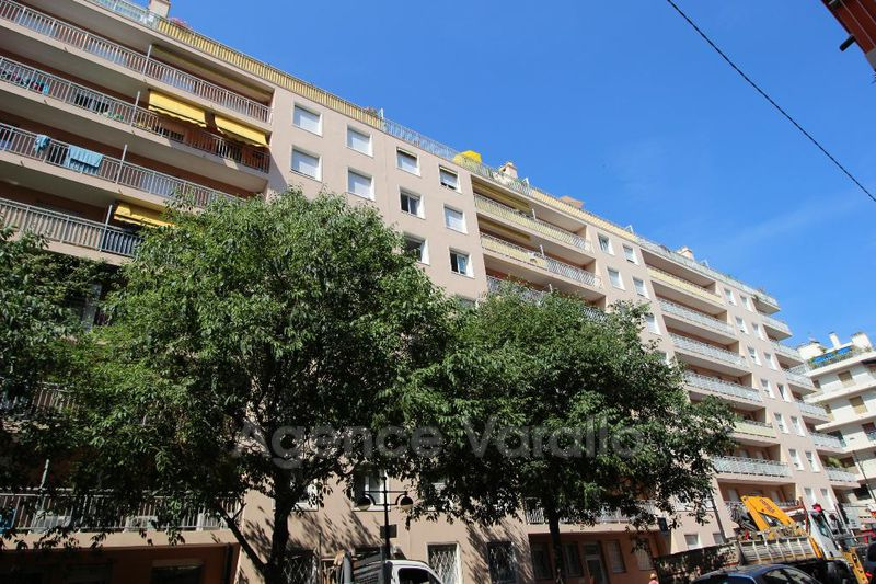 Photo n°1 - Location appartement Antibes 06600 - 797 €