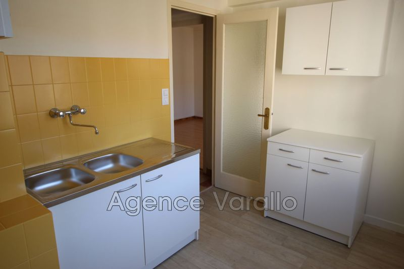 Photo n°5 - Location appartement Antibes 06600 - 797 €