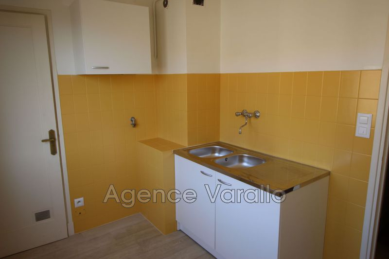 Photo n°6 - Location appartement Antibes 06600 - 797 €