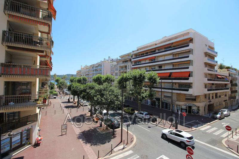 Apartment Antibes Centre,  Rentals apartment  2 rooms   45 m²