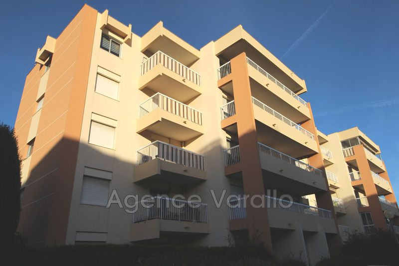 Photo Apartment Antibes Martyrs resistances,  Rentals apartment  2 rooms   39 m²