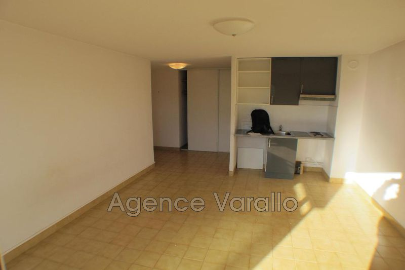 Photo n°4 - Location appartement Antibes 06600 - 538 €