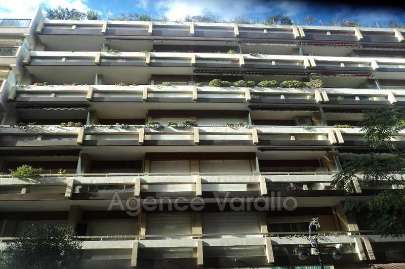 Appartement Antibes Albert 1er,  Location appartement  2 pièces   50m²