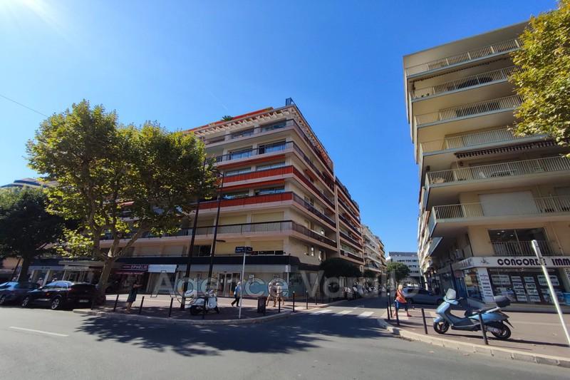 Apartment Antibes Centre ville,  Rentals apartment  2 rooms   46m²