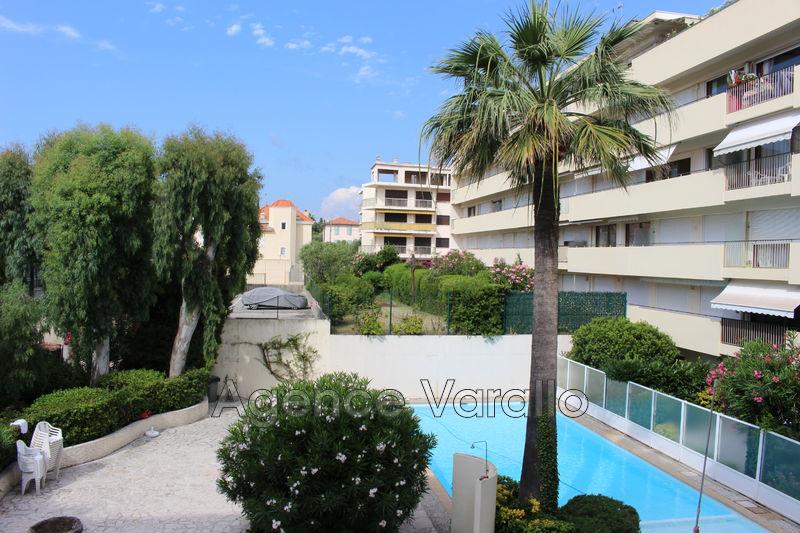 Appartement Juan-les-Pins Antibes front de mer,  Location appartement  2 pièces   49m²