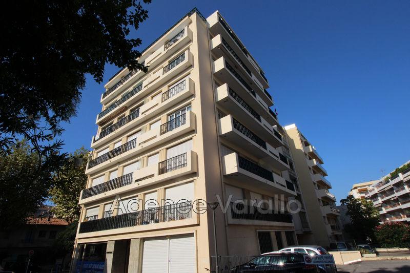 Photo Appartement Juan-les-Pins Juan centre,  Location appartement  1 pièce   26m²
