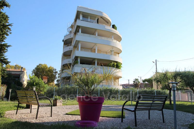Photo Appartement Antibes Purgatoire,  Location appartement  2 pièces   44 m²