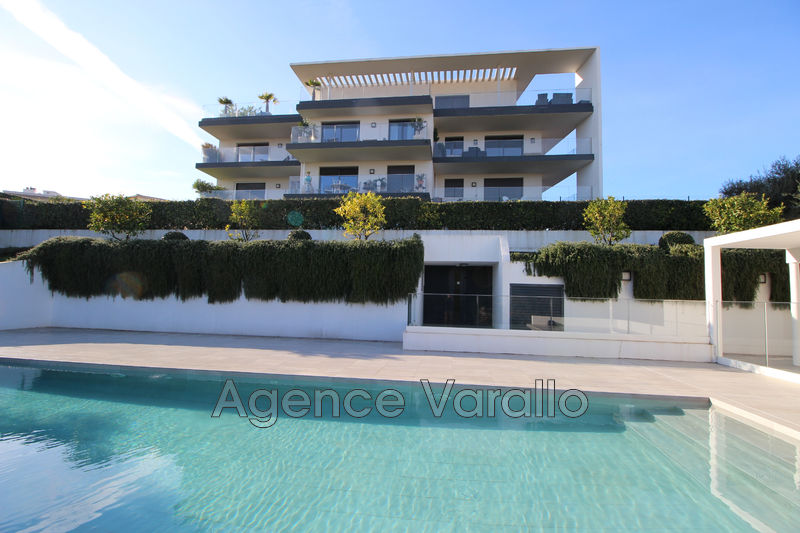 Photo Appartement Antibes Purgatoire,  Location appartement  3 pièces   62 m²