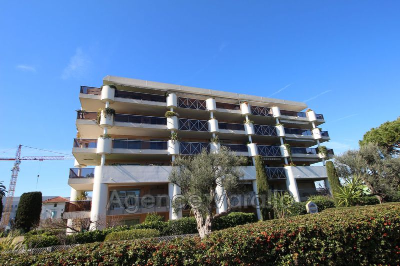 Photo Apartment Antibes Port vauban,  Rentals apartment  2 rooms   28 m²