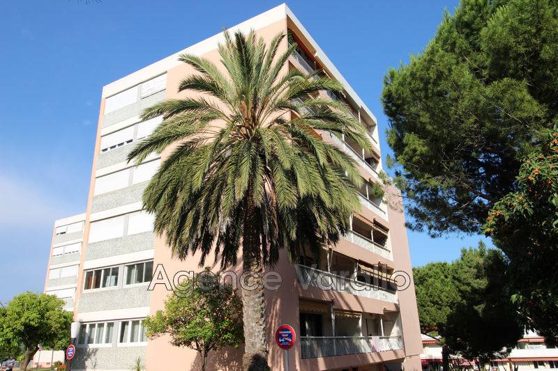 Apartment Antibes Croix rouge,  Rentals apartment  3 rooms   68 m²