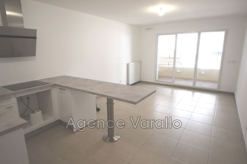 Photo n°4 - Location appartement Antibes 06600 - 742 €