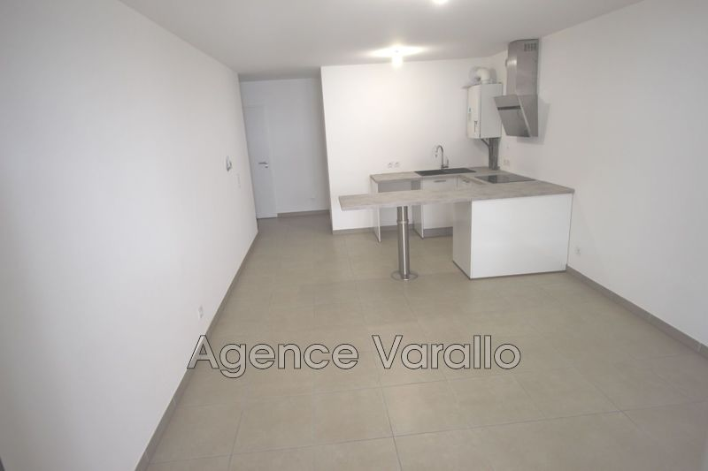 Photo n°3 - Location appartement Antibes 06600 - 742 €