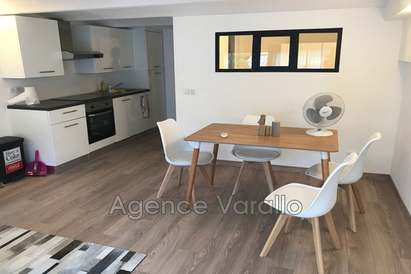 Photo Apartment Antibes Antibes centre,  Rentals apartment  2 rooms   38 m²