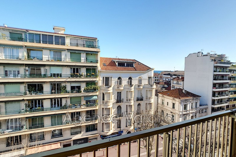Appartement Antibes Antibes centre,  Location appartement  2 pièces   44 m²