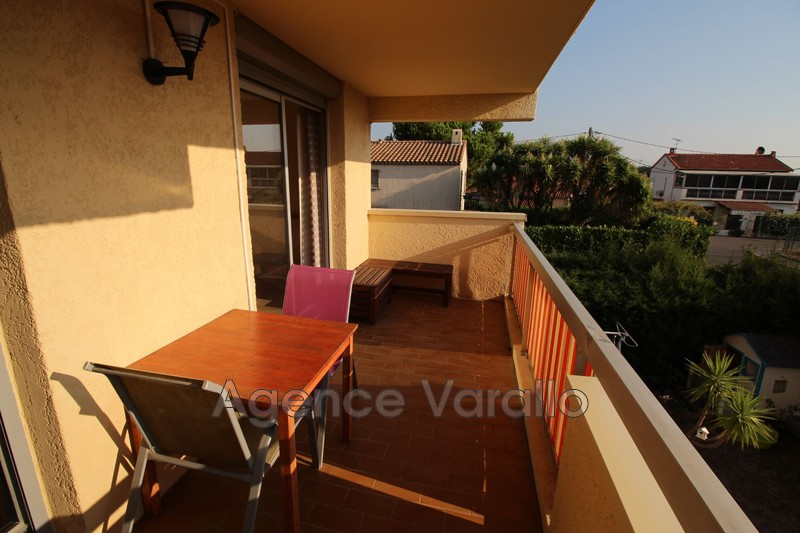Photo Appartement Antibes Combes,  Location appartement  3 pièces   61m²