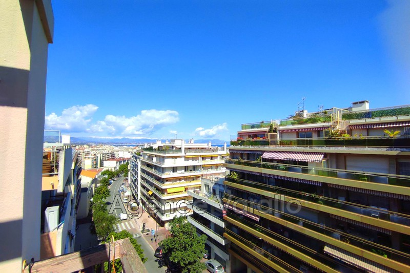 Apartment Juan-les-Pins Juan centre,  Rentals apartment  3 rooms   67 m²