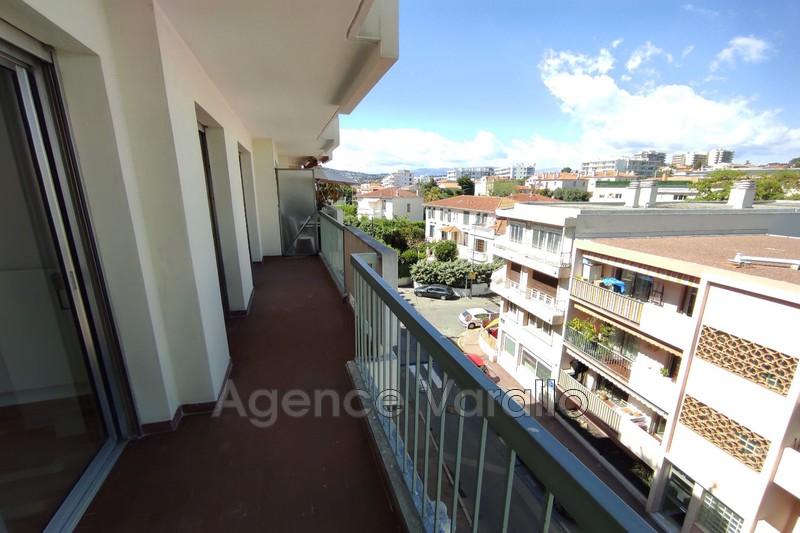 Appartement Juan-les-Pins Juan centre,  Location appartement  3 pièces   72m²