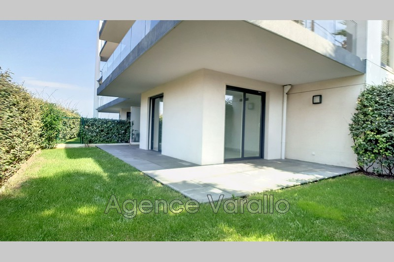 Photo Appartement Antibes Puy,  Location appartement  2 pièces   45m²