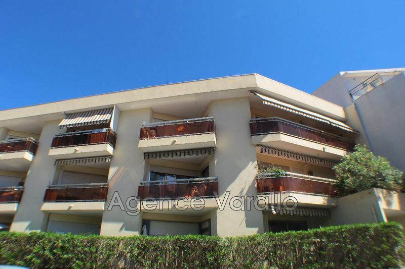 Photo Apartment Juan-les-Pins Centre-ville,   to buy apartment  2 rooms   50 m²
