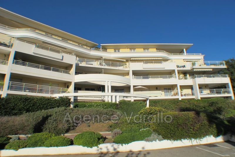 Photo Apartment Antibes Combes,   to buy apartment  3 rooms   82 m²