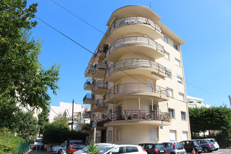 Photo Apartment Juan-les-Pins Juan centre,   to buy apartment  3 rooms   53 m²