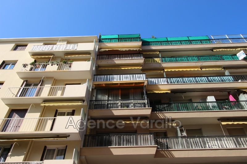 Photo Apartment Antibes Antibes centre,   to buy apartment  3 rooms   72 m²