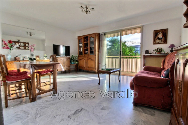 Photo Appartement Antibes Piscine,   achat appartement  4 pièces   85 m²