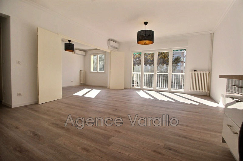 Photo Appartement Antibes Antibes centre,   achat appartement  4 pièces   76 m²