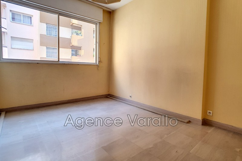 Photo Apartment Antibes Antibes centre,   to buy apartment  3 rooms   73 m²