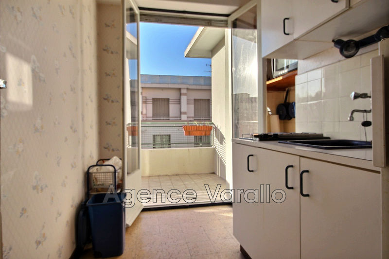 Photo Apartment Juan-les-Pins Juan centre,   to buy apartment  2 rooms   31 m²