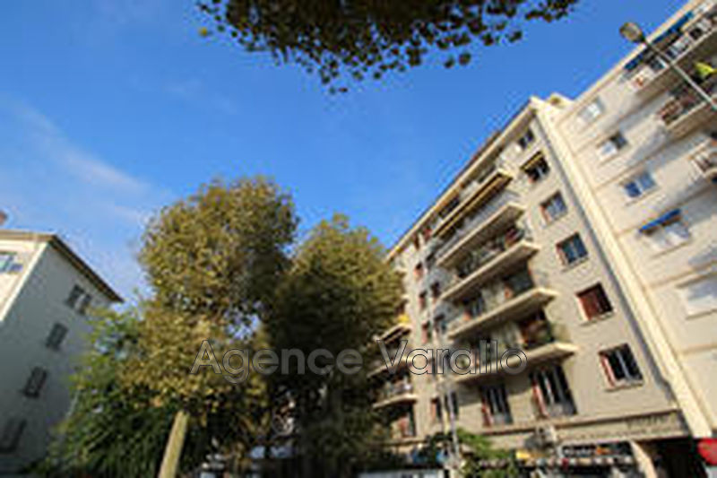 Photo Apartment Antibes Antibes centre,   to buy apartment  3 rooms   65 m²