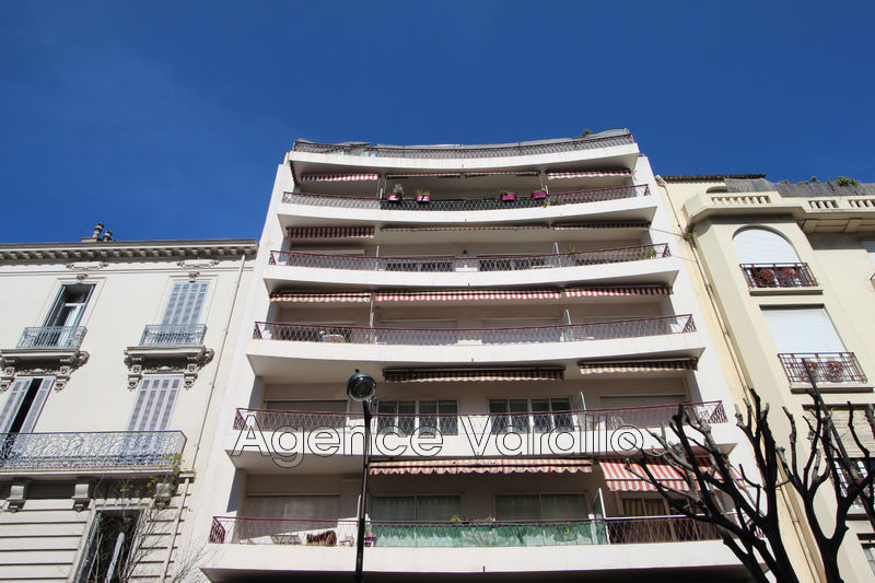 Photo Apartment Antibes Antibes centre,   to buy apartment  2 rooms   38 m²