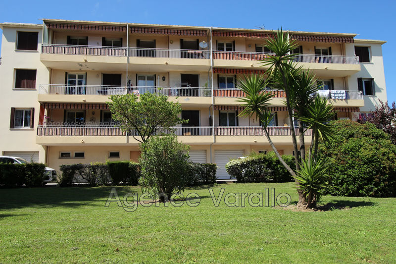 Photo Appartement Antibes La colle-badine,   achat appartement  3 pièces   56 m²