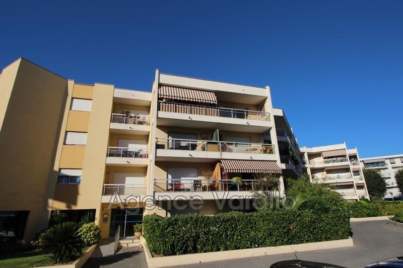 Photo Appartement Antibes Antibes centre,   achat appartement  1 pièce   25m²