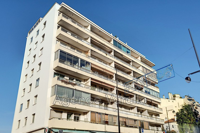 Photo Apartment Antibes Antibes centre,   to buy apartment  1 room   28m²