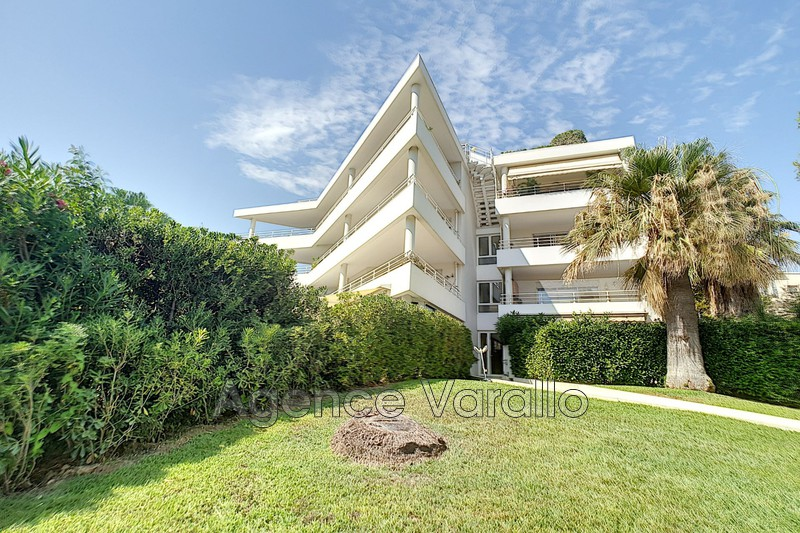 Apartment Juan-les-Pins La colle-badine,   to buy apartment  3 rooms   45m²