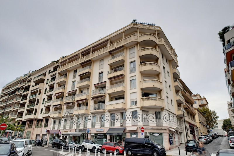 Photo Apartment Antibes Antibes centre,   to buy apartment  2 rooms   44 m²