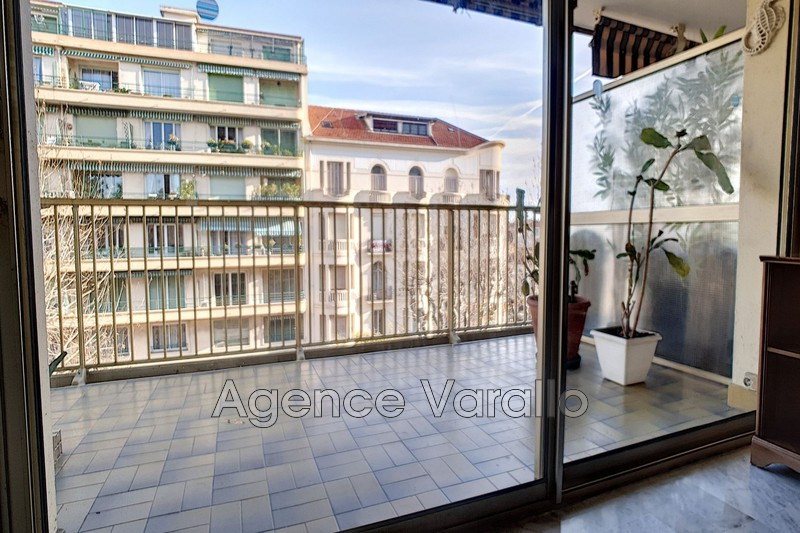 Photo Apartment Antibes Antibes centre,   to buy apartment  3 rooms   78 m²