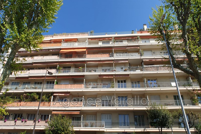 Photo Apartment Antibes Antibes centre,   to buy apartment  5 rooms   105 m²