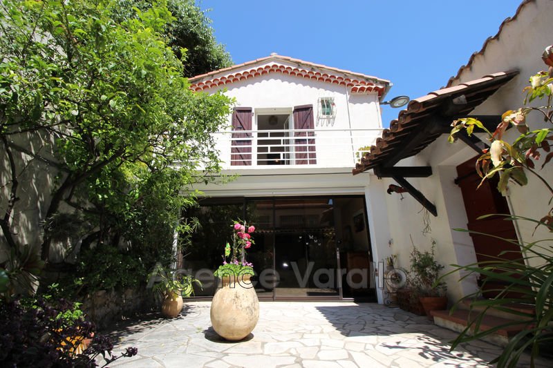 Photo House Antibes Vieil antibes,   to buy house  2 bedrooms   70 m²