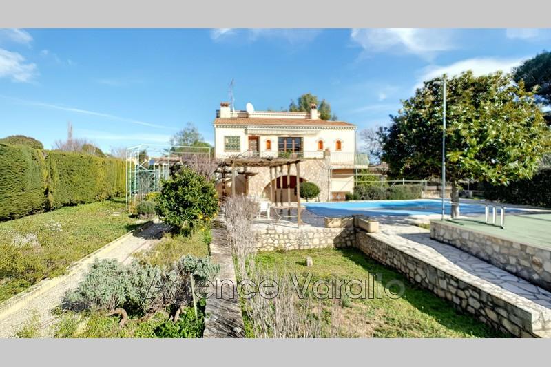Villa provençale Antibes Antibes hauteurs,   achat villa provençale  7 chambres   182m²