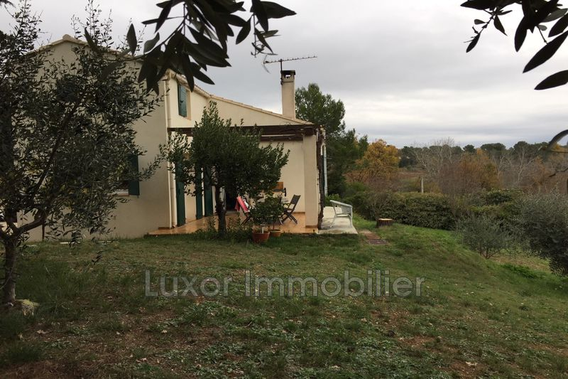 Photo Villa La Motte-d'Aigues   to buy villa  3 bedroom   90 m²