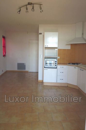 Photo n°2 - Vente appartement Cucuron 84160 - 78 000 €
