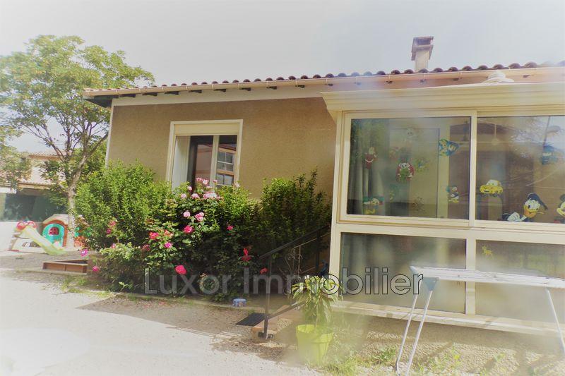Villa Saint-Paul-lès-Durance   achat villa  2 chambres   75m²