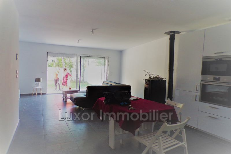 Villa Pertuis   achat villa  3 chambres   80m²